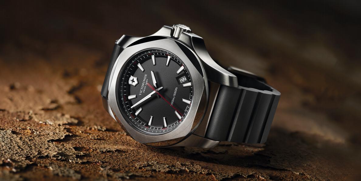 Inox victorinox cette montre c 39 est du b ton - Poids d un metre cube de sable ...